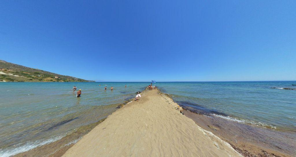 Porto Kaminia Beach