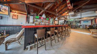 kahuna beach bar bistro zante zakynthos