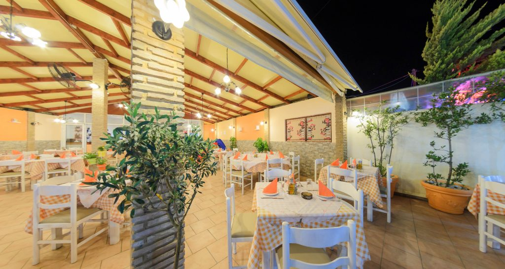 Vagi's Restaurant