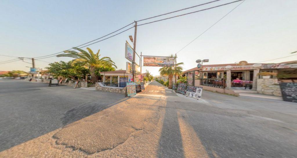 Antonis Studios & Apartments Pool Bar